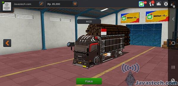 Truck Isuzu Canter Muatan Kayu