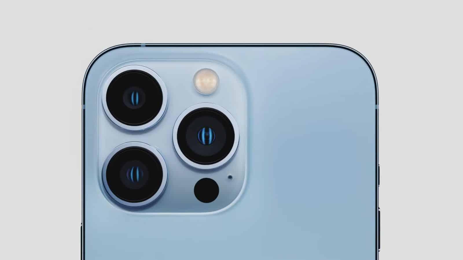 Tampilan Belakang iPhone 13 Pro